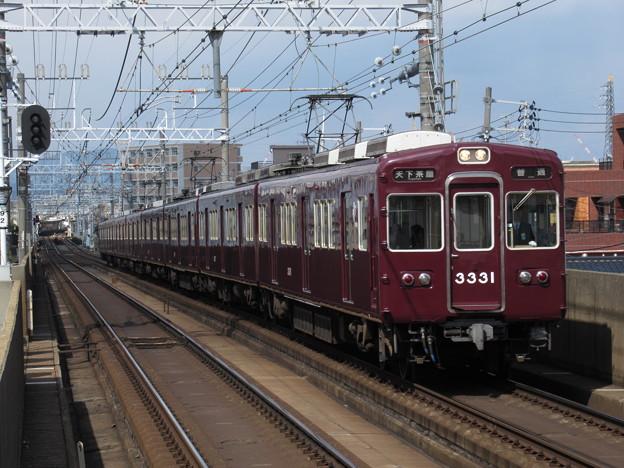 阪急京都線3300系 3331F