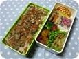 11.08 鶏牛蒡ご飯のお弁当(長男)005