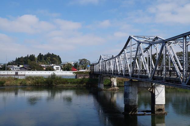 大石田 大橋と塀蔵