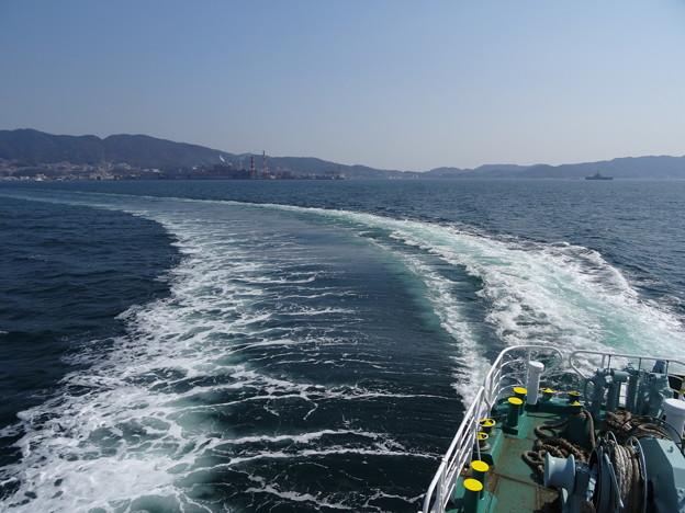 フェリー乗船(呉 ~ 広島港)   DSC00462