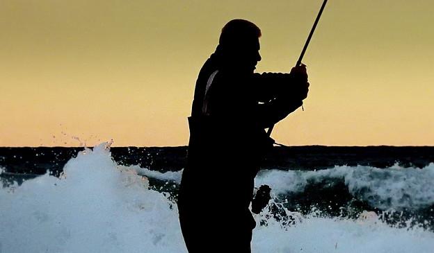 釣り人 2)