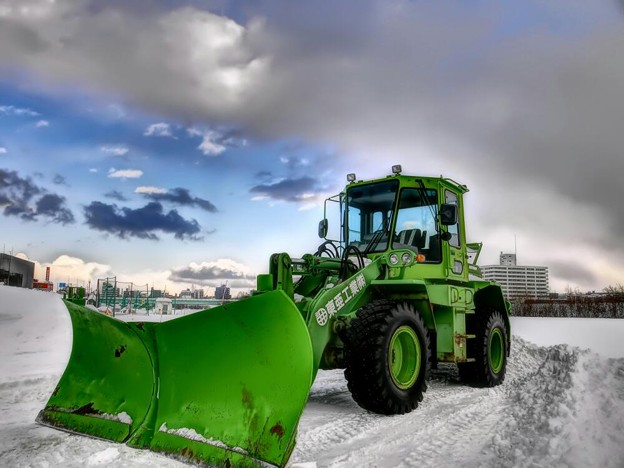 写真: 冬の主役は除雪車