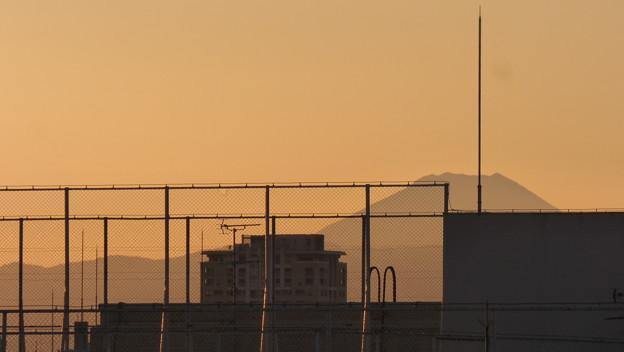 写真: 師走の夕景…都内から