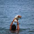 琵琶湖で水遊び@白ひげ浜
