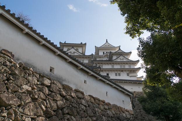 姫路城【15_はの門を入った場所から見た天守閣】