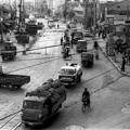 写真: 昭和30年の大通交差点