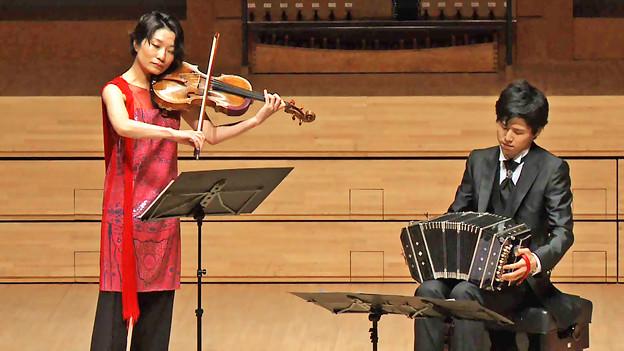須田祥子 バッハ ヴィオラ・ダ・ガンバ ソナタ第1番 ト長調 BWV 1027 第1楽章