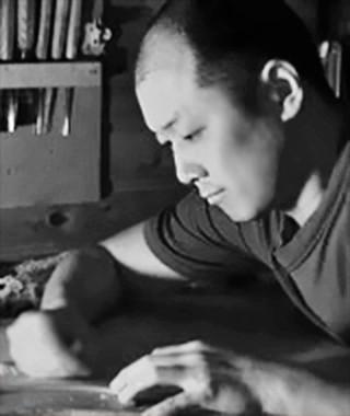 坂本忍 さかもとしのぶ ヴァイオリン・チェロ、弦楽器製作家