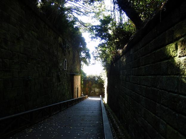 明治時代の要塞の遺跡エリア