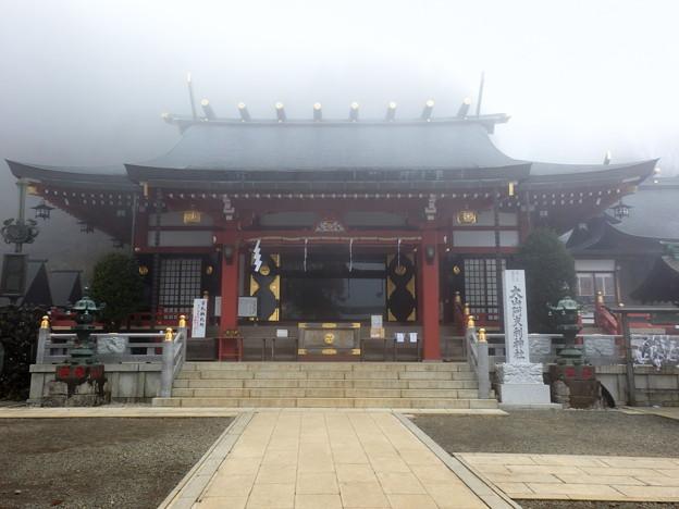 霧の大山阿夫利神社