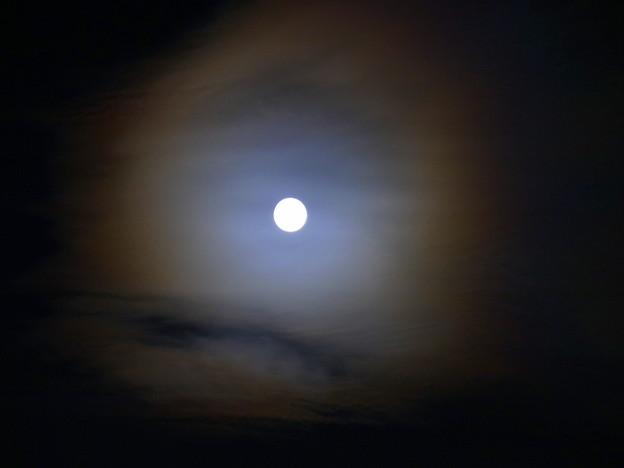 光る雲 II