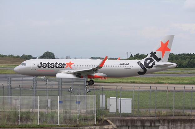 ジェットスタージャパン エアバスA320-200 JA11JJ