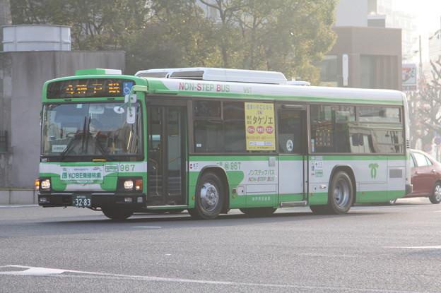 写真: 神戸市営バス 967号車