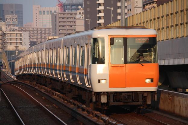 大阪市営地下鉄中央線 近鉄7000系7106F