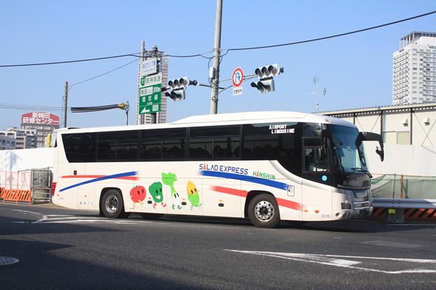 阪神バス 305号車