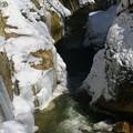 凍る谷川2