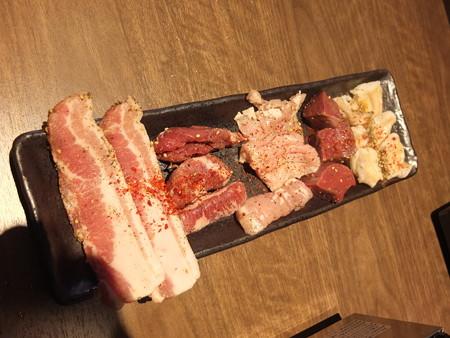 焼肉モランボン 市役所前店 ミックス盛り(内臓5種盛り)¥1598