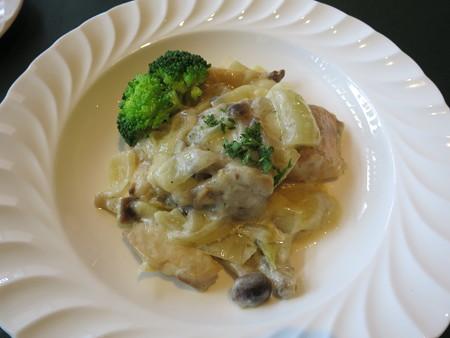 ワインサロン エルミタージュ デリ2品+メイン サーモンのクリーム煮
