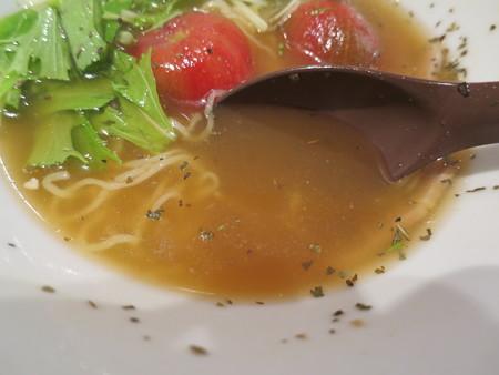 製麺工房・ジェラート工房 WITHドリーム 冷やし とまとラーメン(10杯限定) スープアップ