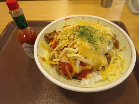すき家 上越高土店 アラビアータ牛丼(期間限定)中盛 3種のチーズトッピング¥750