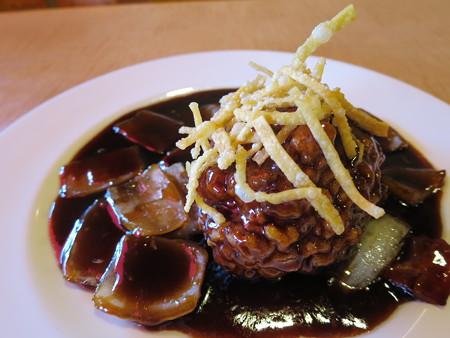 上海大食堂 黒酢の酢豚 アップ