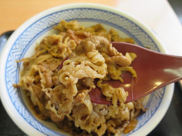 写真: 吉野家 上越高田店 牛丼 並 肉アップ