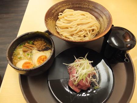 いなば製麺 特製つけめん 並+ローストビーフ(2枚)トッピング¥980+¥300
