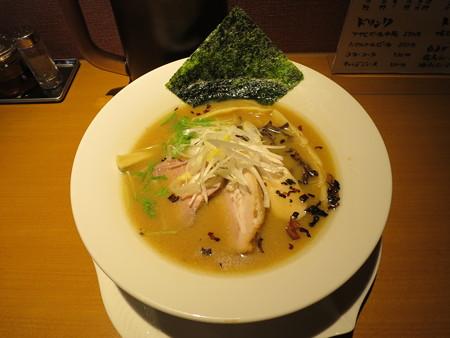 麺屋あした 醤油白湯麺¥850