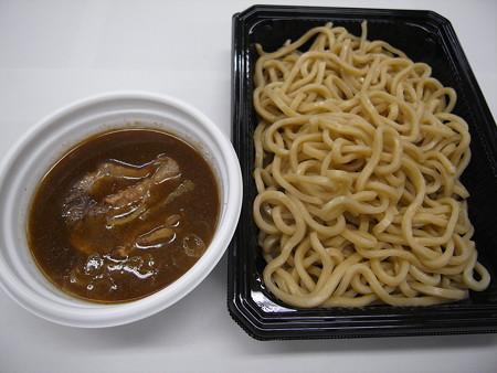 セブンイレブン 中華蕎麦とみ田監修 濃厚豚骨魚介つけ麺