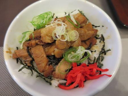 中華そば煮干屋 ミニチャーシュー丼(セットメニュー)¥200