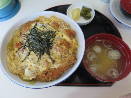 橋場食堂 かつ丼¥800