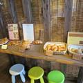写真: ブランジェリーウーフ パン売り場