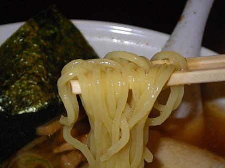 麺屋吉祥 冷しらー麺 麺アップ