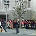東京宝塚劇場前のファン