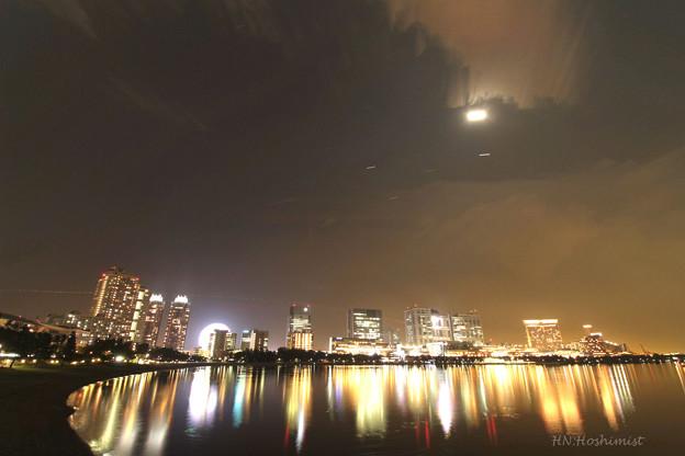 Photos: お台場の月夜