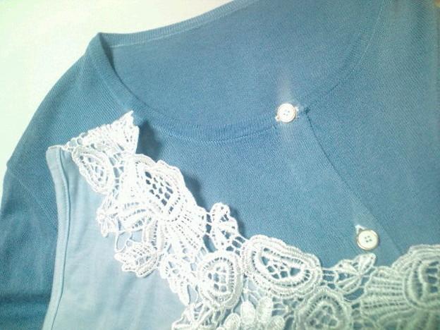 デザインや素材が気に入ったけれど好みの色がなくて、白を買った、サ...