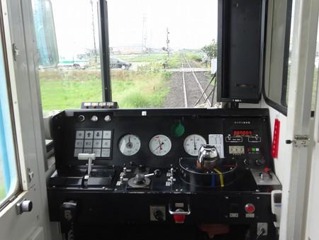 t516-運転台