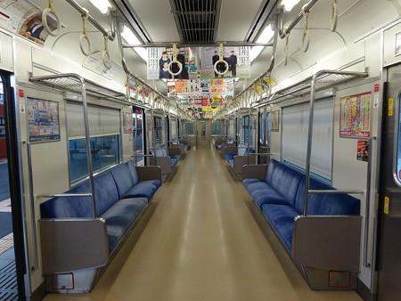201-30N車内全景