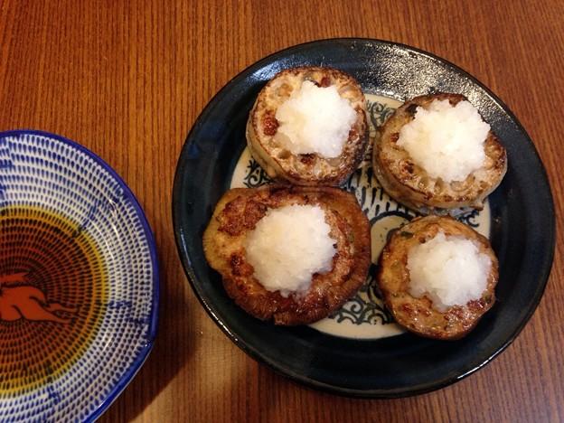 Photos: レンコンのはさみ揚げとシイタケの肉詰め