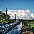 照片: 雲×川 - HDR