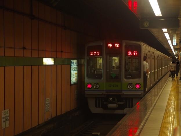 都営新宿線森下駅1番線 都営10-270F急行笹塚行き前方確認