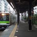 京王線笹塚駅2番線 都営10-320F各停八幡山行き進入