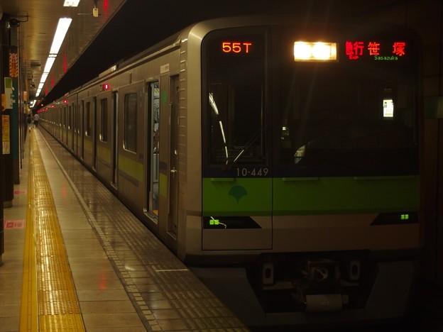都営新宿線森下駅1番線 都営10-440F急行笹塚行き