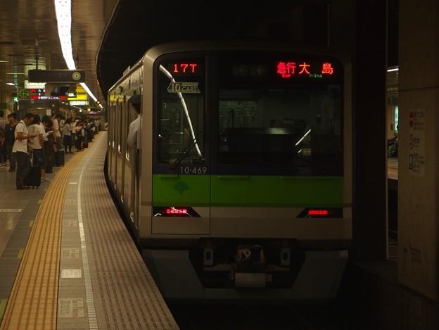 都営新宿線馬喰横山駅2番線 都営10-460F急行大島行き前方確認