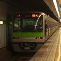 都営新宿線岩本町駅1番線 都営10-460F各停新宿行き前方確認