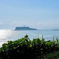 稲村ケ崎から見る江の島 (2)