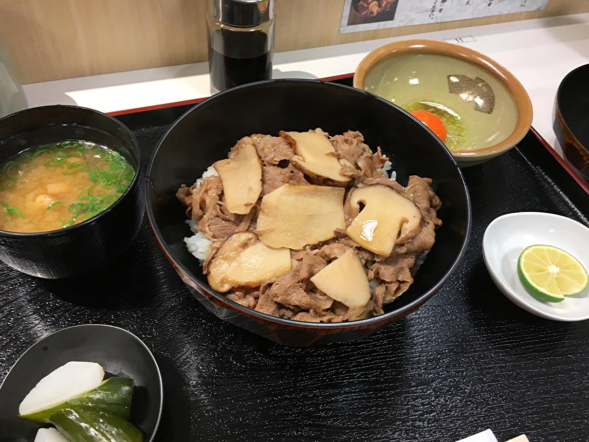 すき焼き丼2