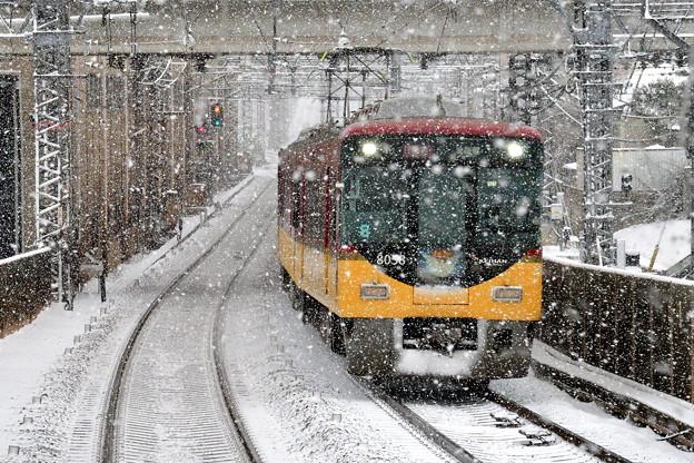 2017_0115_084416_01 京阪電車雪化粧