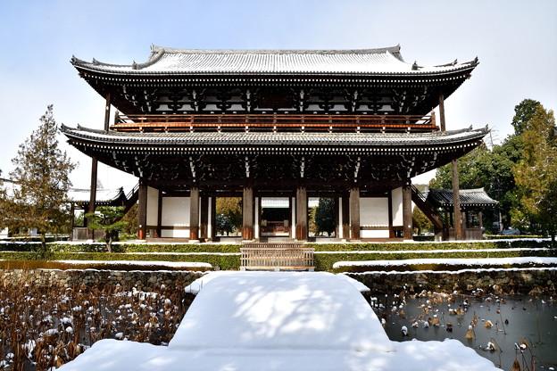 2017_0115_131341 東福寺三門雪化粧