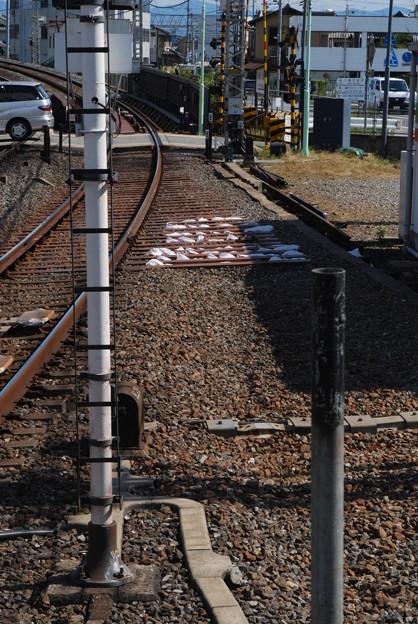 2009_1011_111232 八幡市駅4番線
